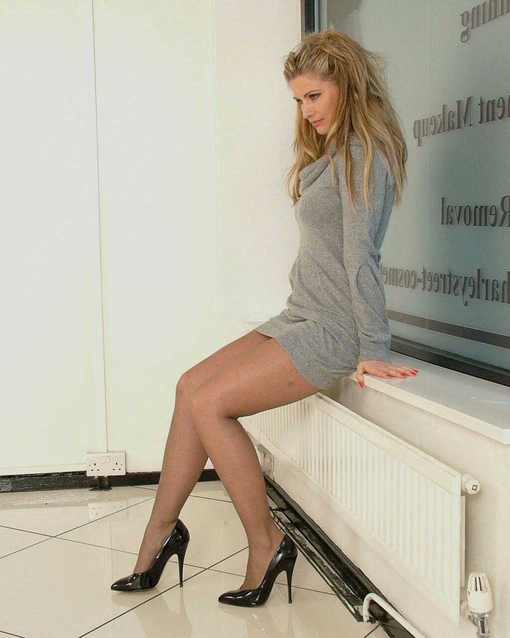 Stiletto girls legs