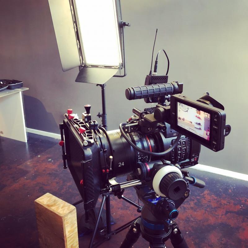 Canon C200 run & gun rig | camera rig | Photography equipment