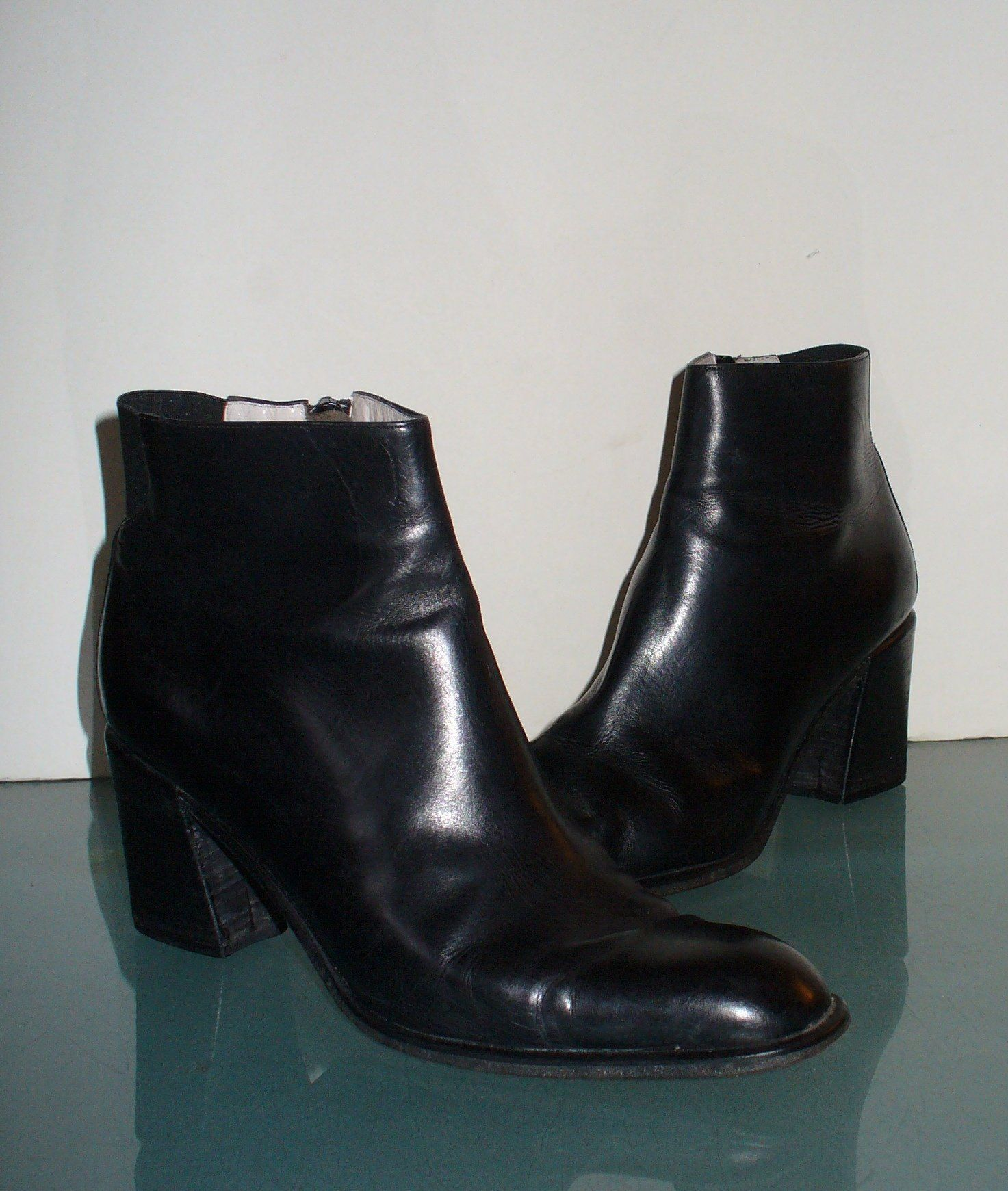 acbf51801e Via Spiga Made in Italy Leather Short Booties Size 8 US by EurotrashItaly  on Etsy