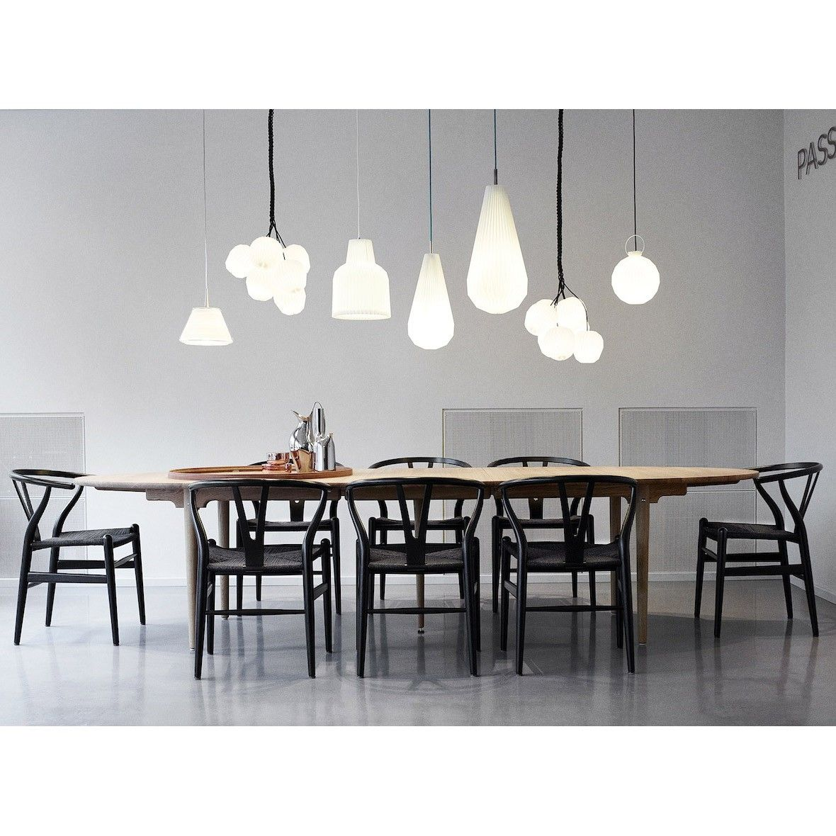 Ch24 wishbone chair in colour dining room lighting