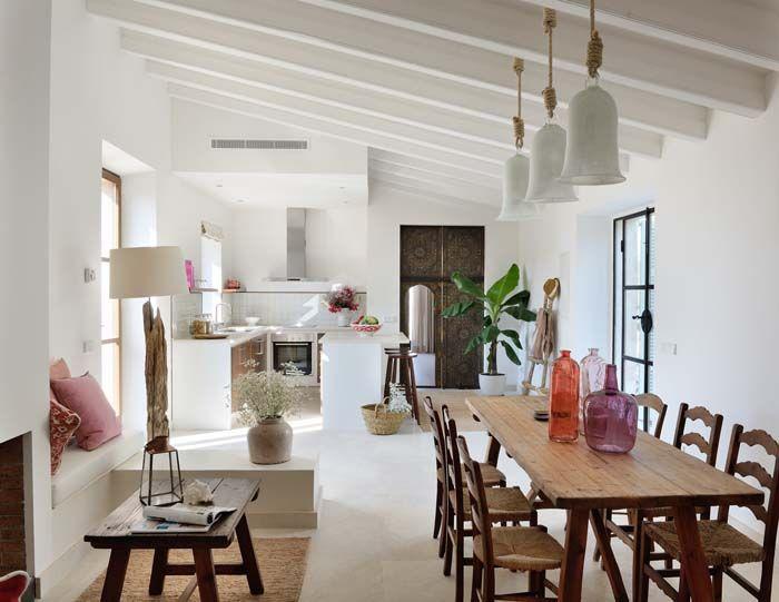 Keltainen talo rannalla | Haus/Home Inspiration ...