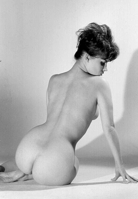 Vintage showgirls nude 14