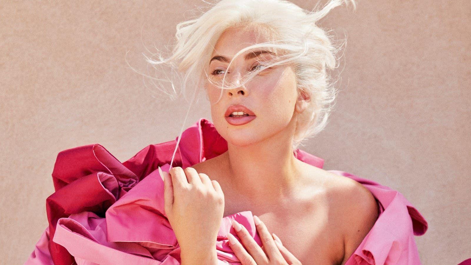 ليدي غاغا تدمع فرح ا بفوز جو بايدن آمل أن تدرك النساء أن هناك تغيير ا حقيقي ا Lady Gaga Lady Women