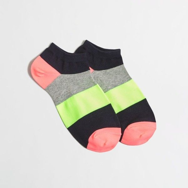 J.Crew Factory colorblock tennie socks ($3.50) ❤ liked on Polyvore featuring intimates, hosiery, socks, j crew socks, tennis socks, color block socks, short socks and ankle socks