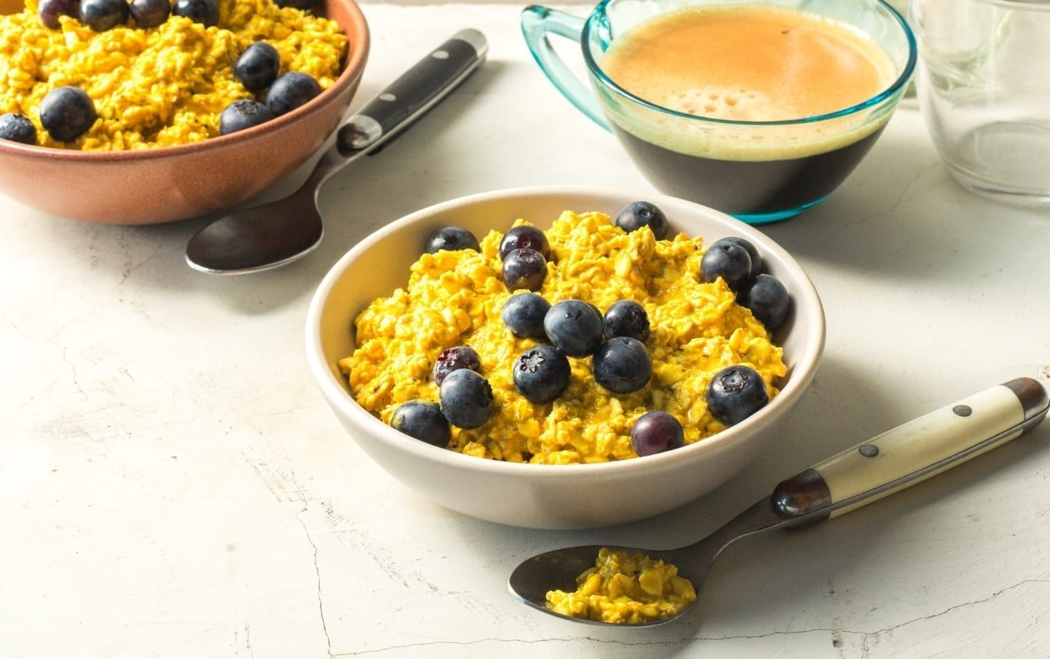 Golden Overnight Oats With Blueberries (With images