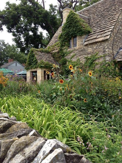 English cottage romance ~