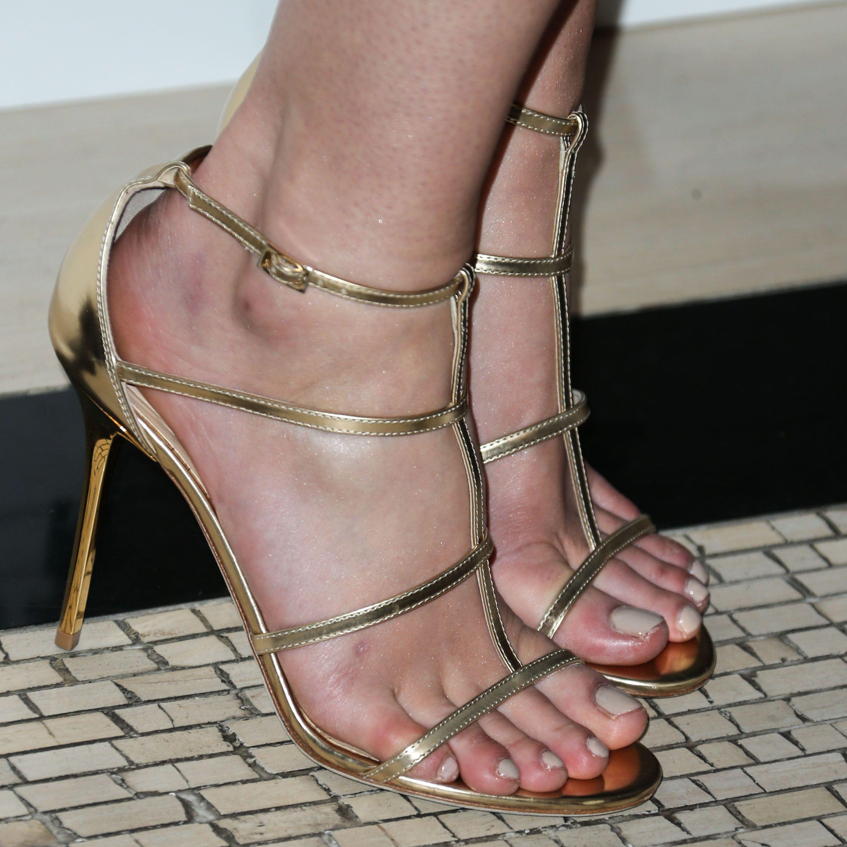 Feet Mary Elizabeth Winstead nude photos 2019