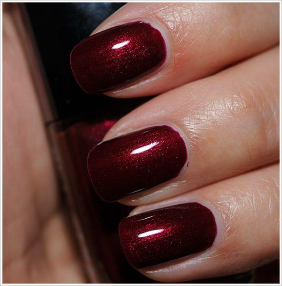 Dark Red Nail Polish: Chanel Malice Le Vernis Nail Lacquer Review, Photos