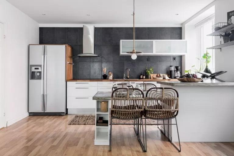 Cocina Nordica Con Peninsula Y Mesa Delikatissen Cocinas De Casa Diseno Muebles De Cocina Cocina Pequena Con Isla