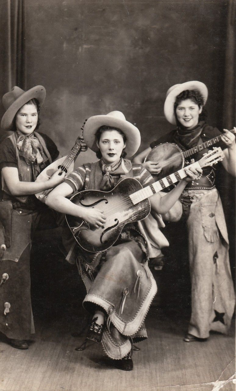 Vintage cowgirl pictures
