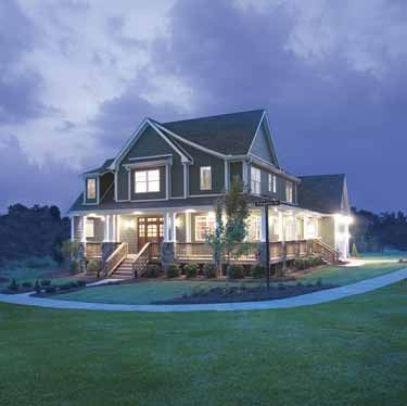 Glorious Farmhouse (HWBDO12501)   Craftsman House Plan from BuilderHousePlans.com