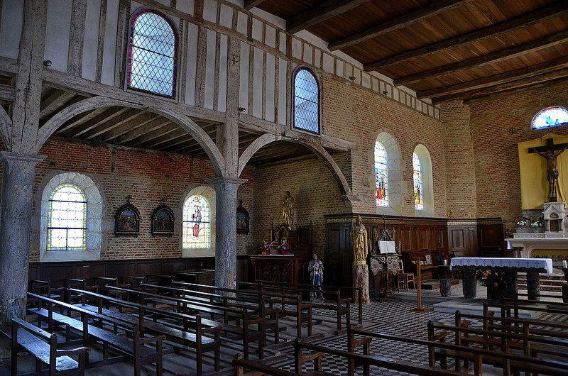 Eglise Saint-Médard (église fortifiée). Parfondeval (Aisne - Thiérache) - Picardie