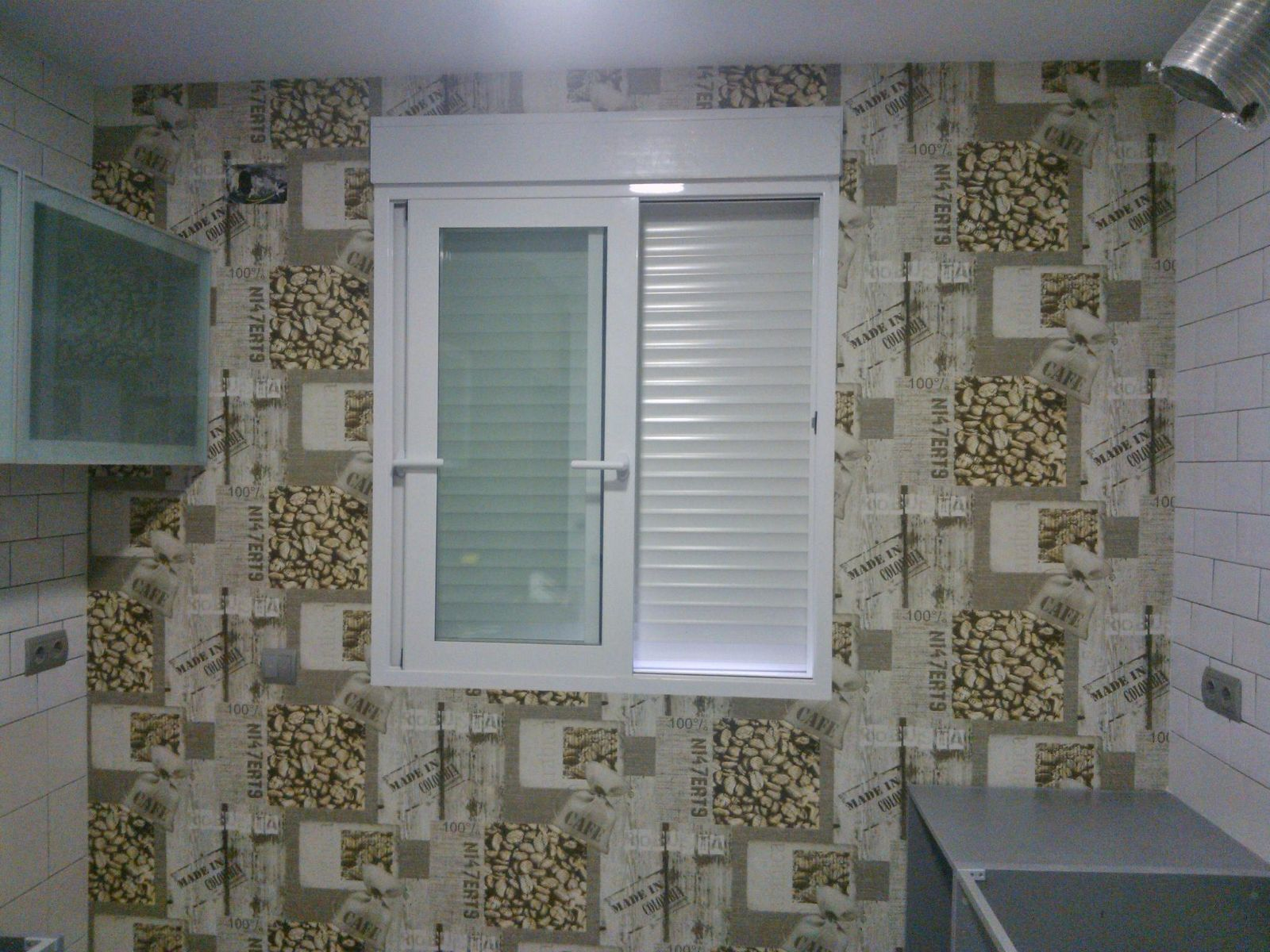 Enlucido de azulejos con masilla Baixens Rualaix Fortex y colocación ...