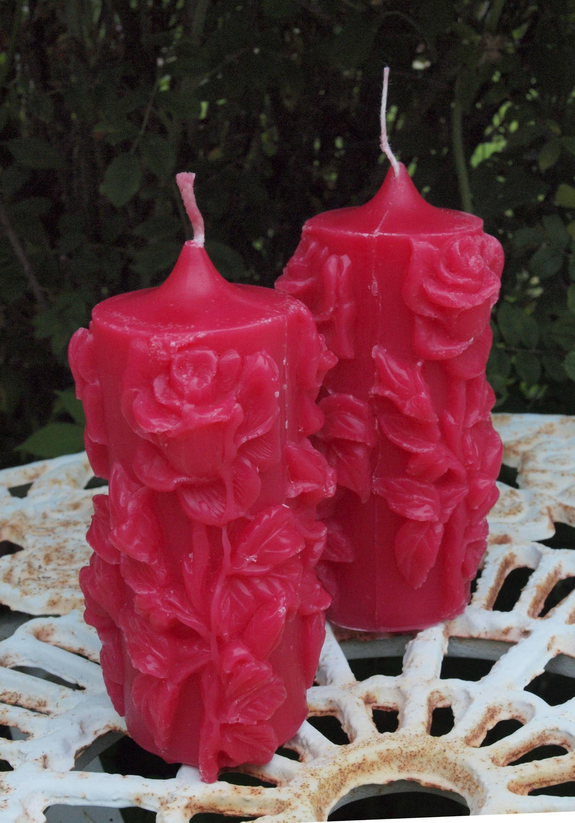 Pitkä ruusukynttilä punainen