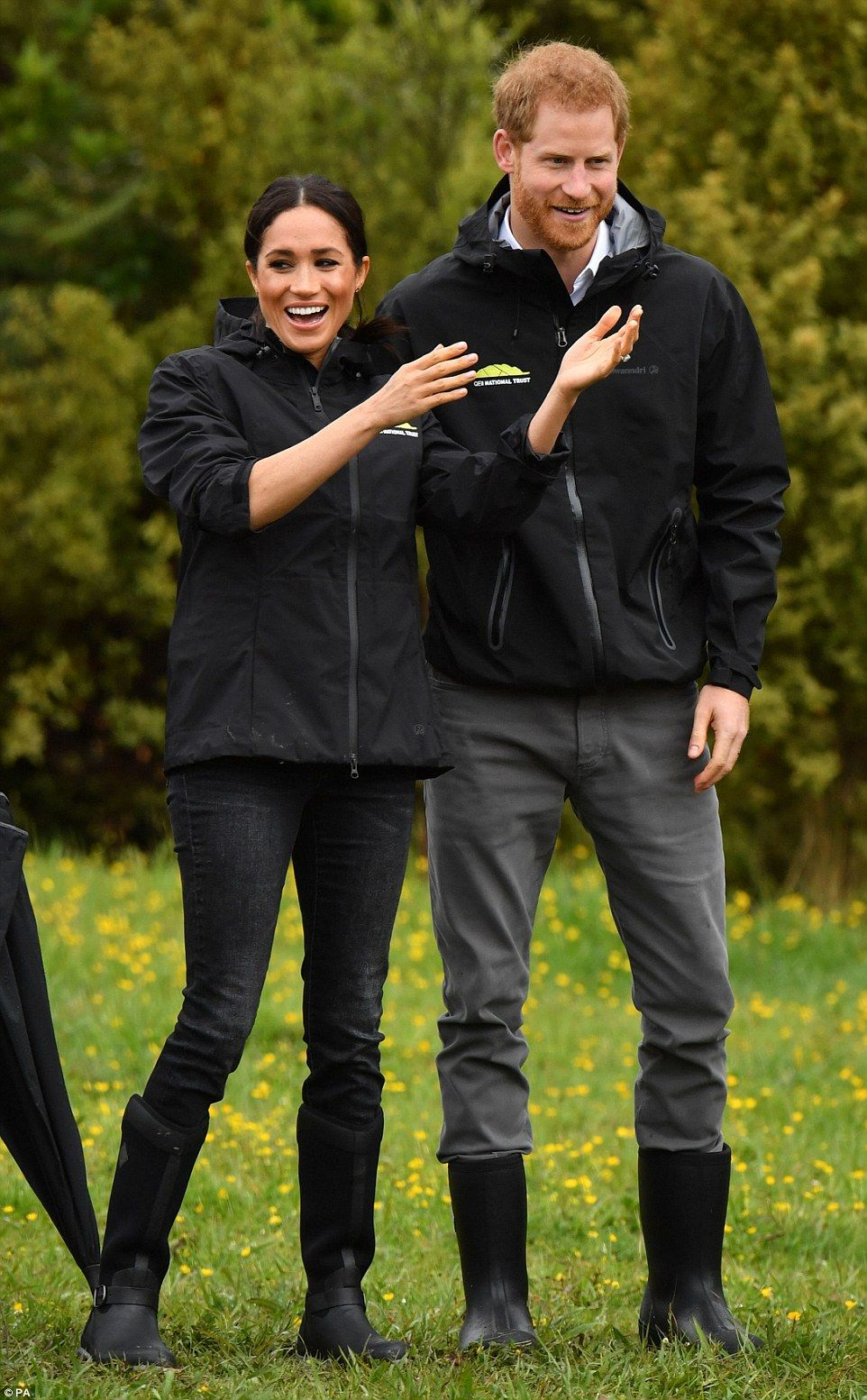Meghan Markle and Prince Harry arrive in Auckland  Diana
