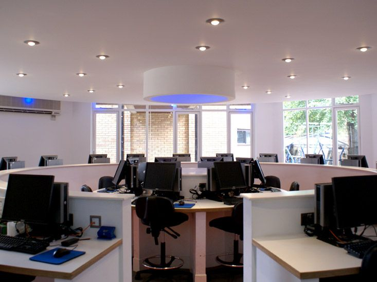 R4 Interior Design & Refurbishment: IT is the future. Modernising the computer suite into a bright, structured room.