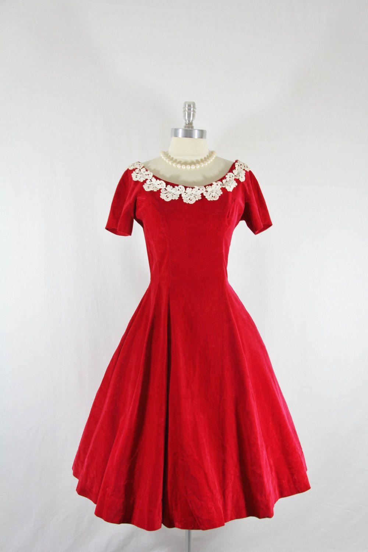 1950's Vintage Dress - Red Velvet Short Sleeve Full Skirt Party Frock.