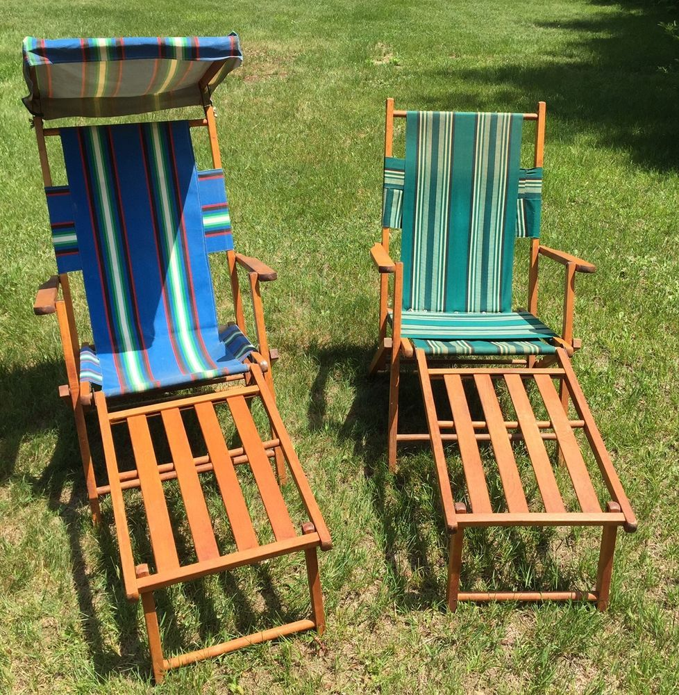 Vintage folding beach chairs - 2 Vintage Folding Wood Canvas Deck Or Beach Or Lounge Chairs W Leg Rests