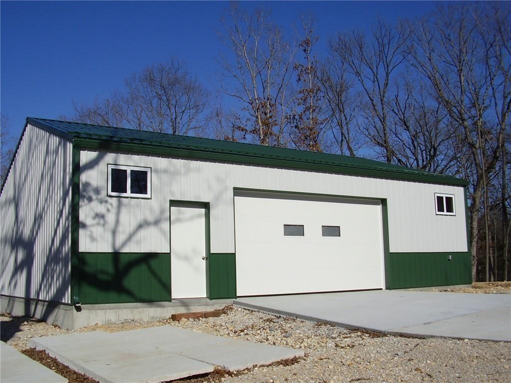 New 30x40 Metal Garage Building built in 2017 on 2.26