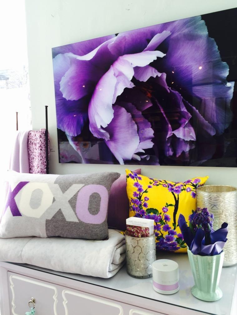 Pantone violett und ultraviolette Farbe in der Innenarchitektur von