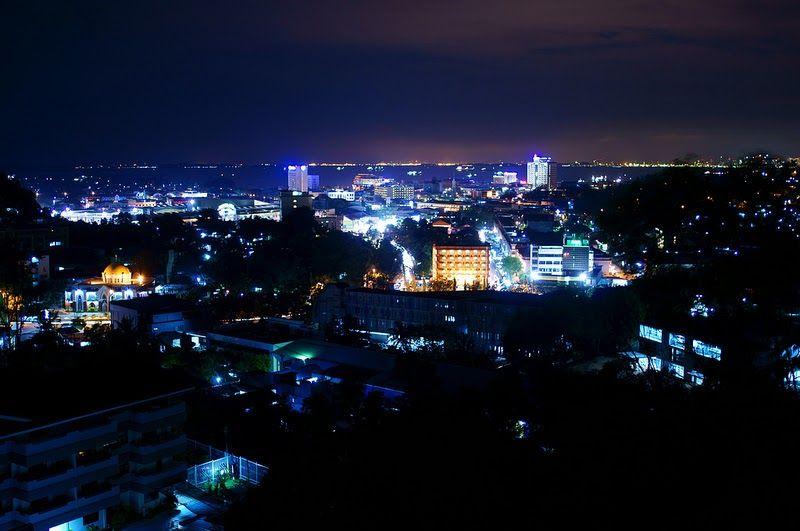 21 Pemandangan Alam Saat Malam 10 Kota Cantik Pada Malam Hari Di Indonesia Alidesta Adventure Download 9 Di 2020 Pemandangan Fotografi Alam Fotografi Perjalanan