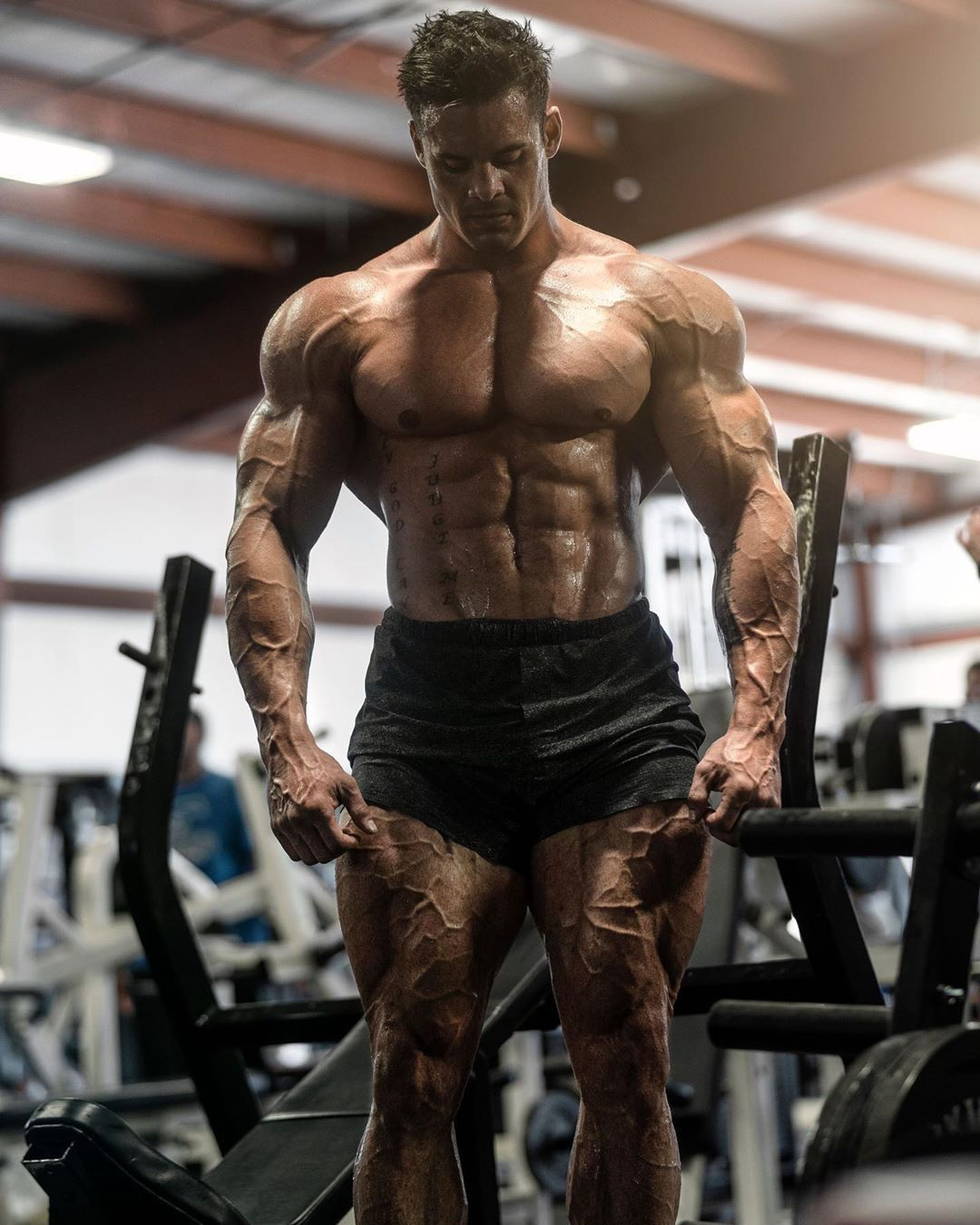 Pin By Mohd Ferhan On 6 Hot Gym Guys Fitness Motivation Inspiration Popular Workouts