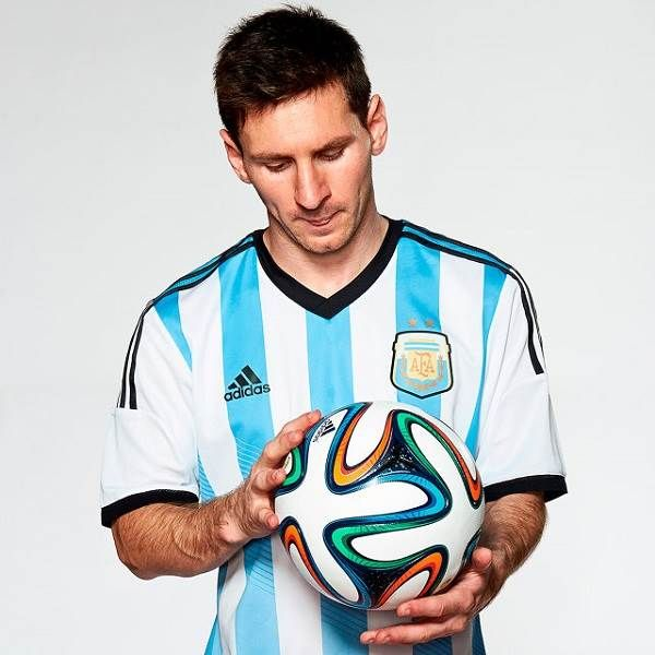 Lionel Messi  Wallpapers Pictures Images Photos Fifa World Cup