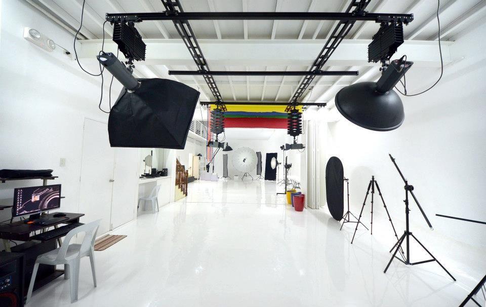 Joe Galian Photography Welcome To My New Studio Dhq Home Studio Photography Studio Layout Photo Studio Design