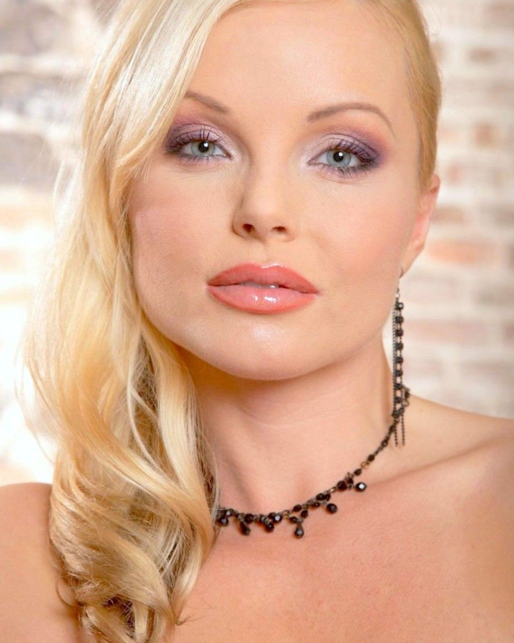 Silvia Saint is one of those incredible