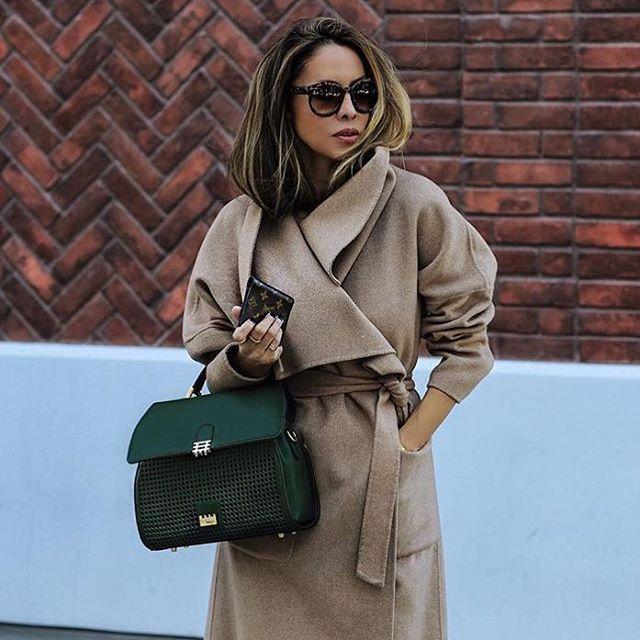 Shop the bag on Covet Chic: http://www.covetchic.com/en/bags-clutches/965-florian-london-vienna-green-leather-handbag.html