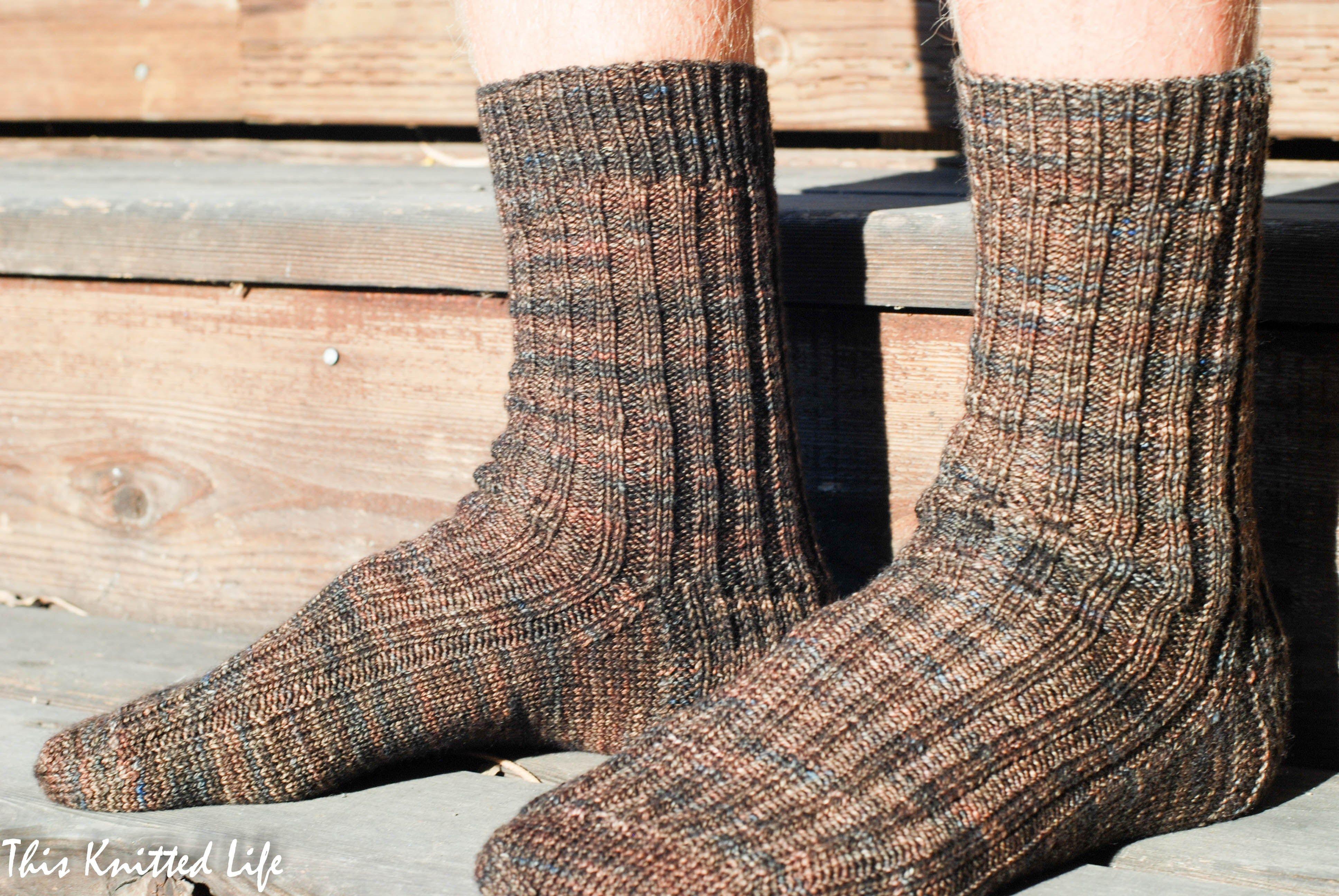 The Secret to Super Speedy (and easy) Sock Knitting | Socks, Easy ...
