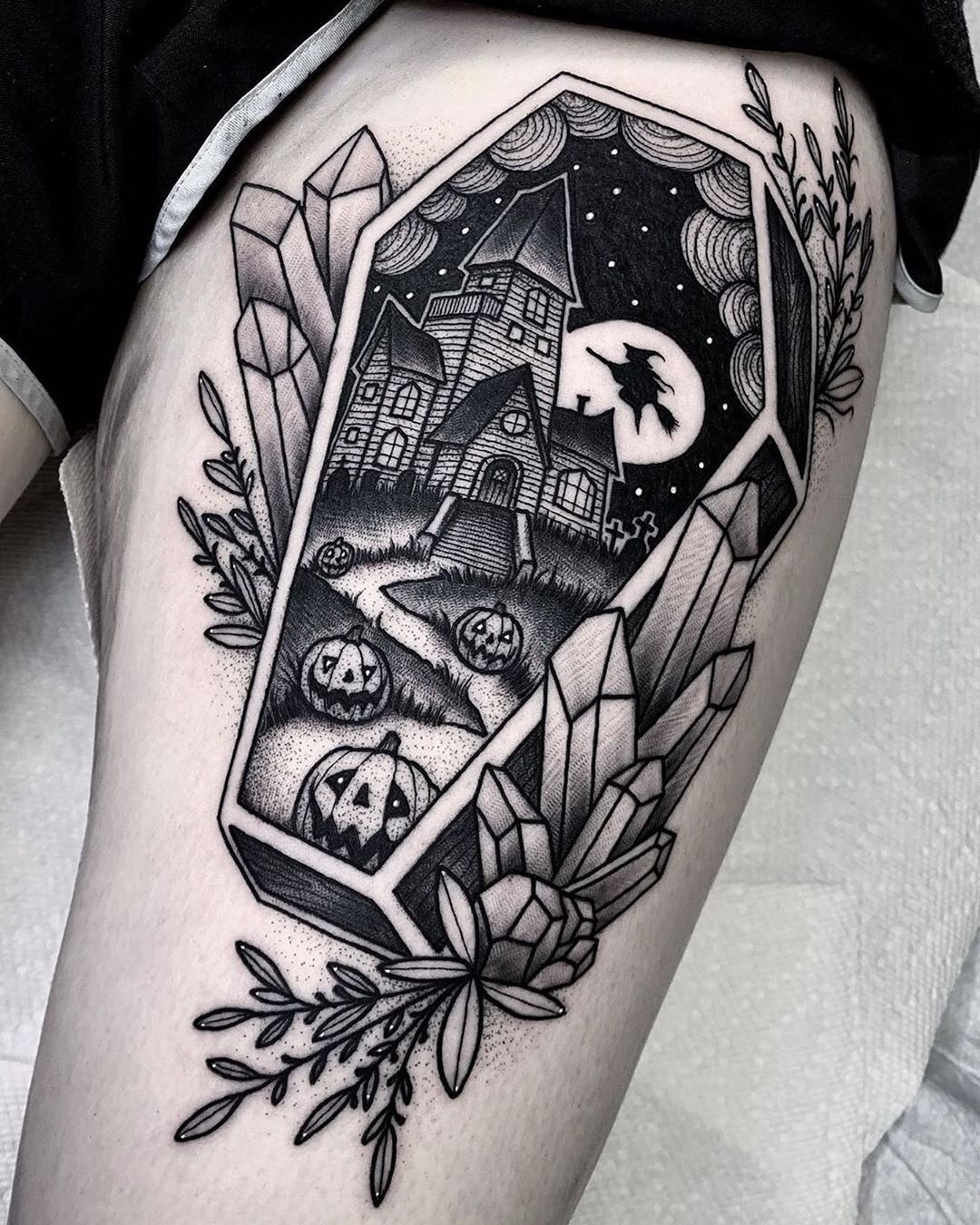 Black Friday: 50 geniale Blackwork Tattoos