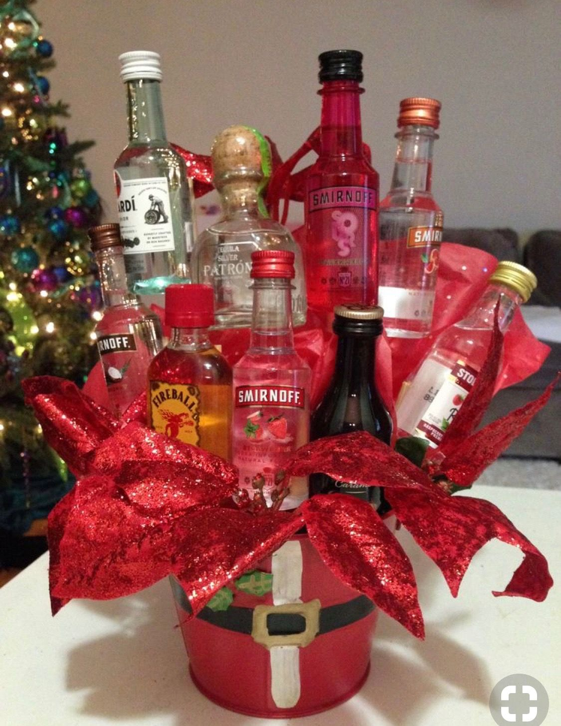 Pin By Dianne Sellars On Holiday Shopping Ideas Alcohol Gift Baskets Liquor Gift Baskets Liquor Bouquet