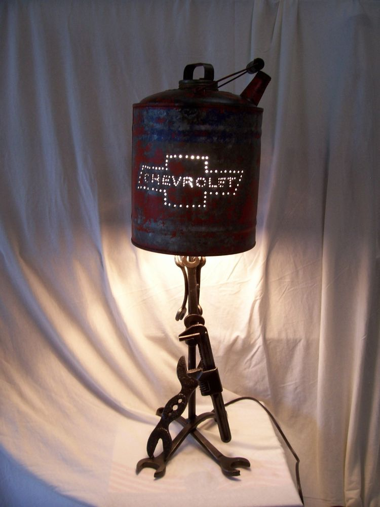 Chevy Gas can wrench lamp hand made Arte popular, Chevy y Diseño - Lamparas Caseras