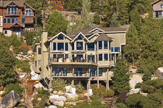 米ネバダ州タホ湖岸の素朴でモダンな内装が魅力の邸宅 モダンな内装 モダン 内装