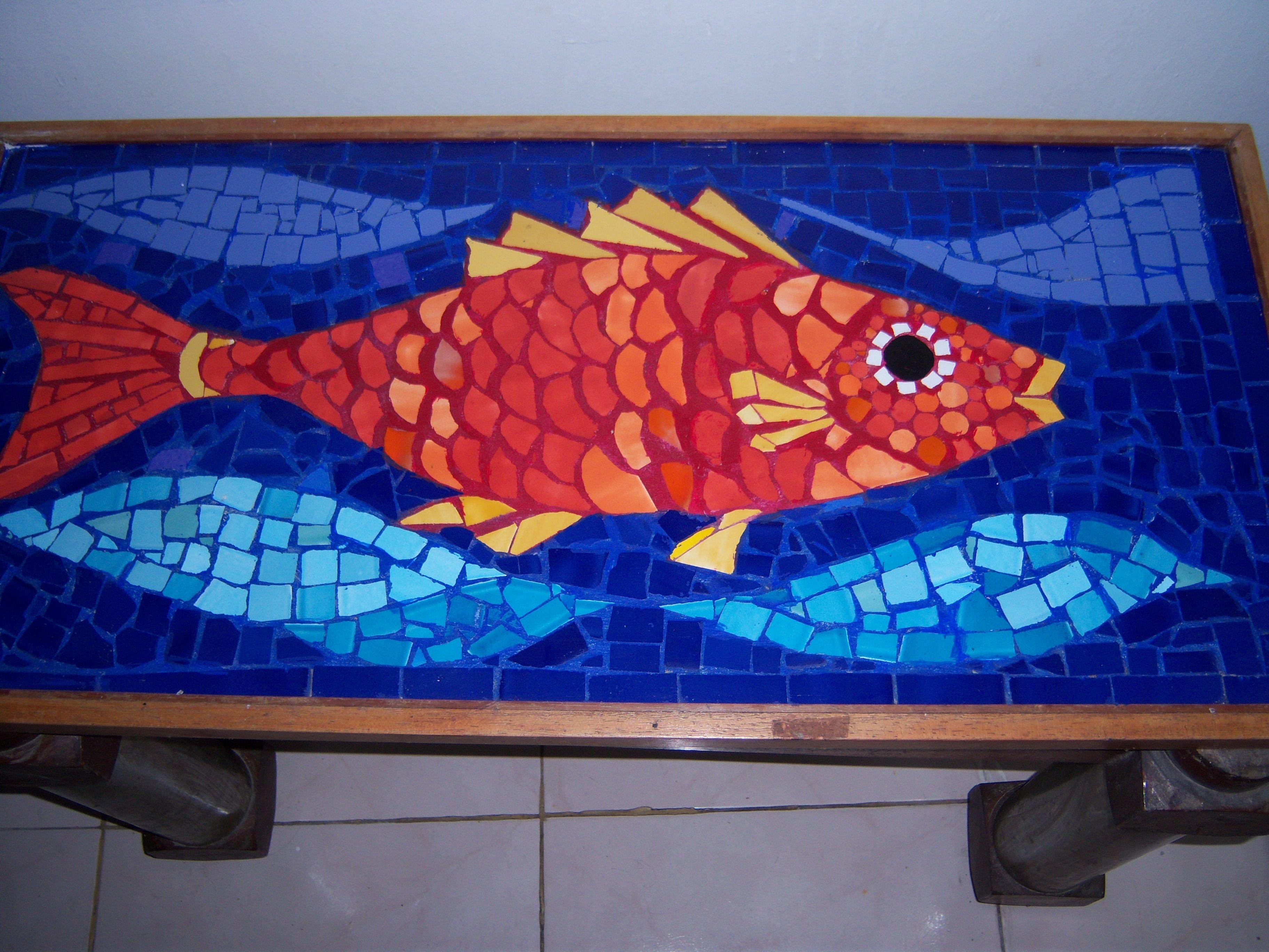 Base de mesa en mosaico con pez rojo seccionaurea05 for Mesas de mosaico