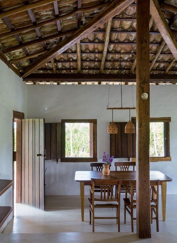 Casa r stica na bahia com vista para o mar ideas dise o for Decoracion de casas brasilenas