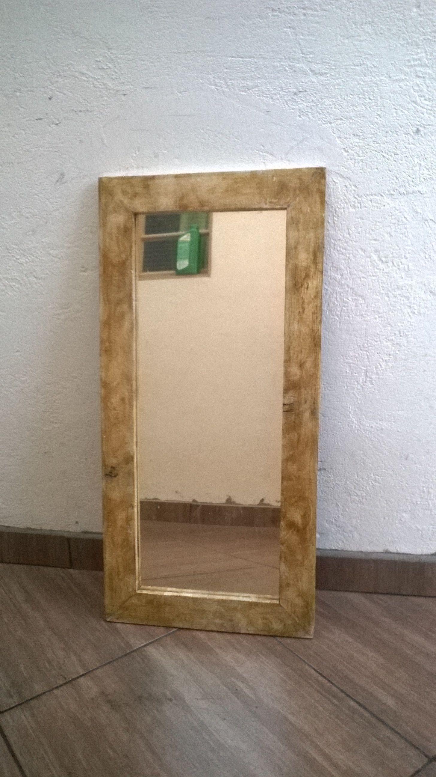 Moldura De Espelho Feito Com Pallet