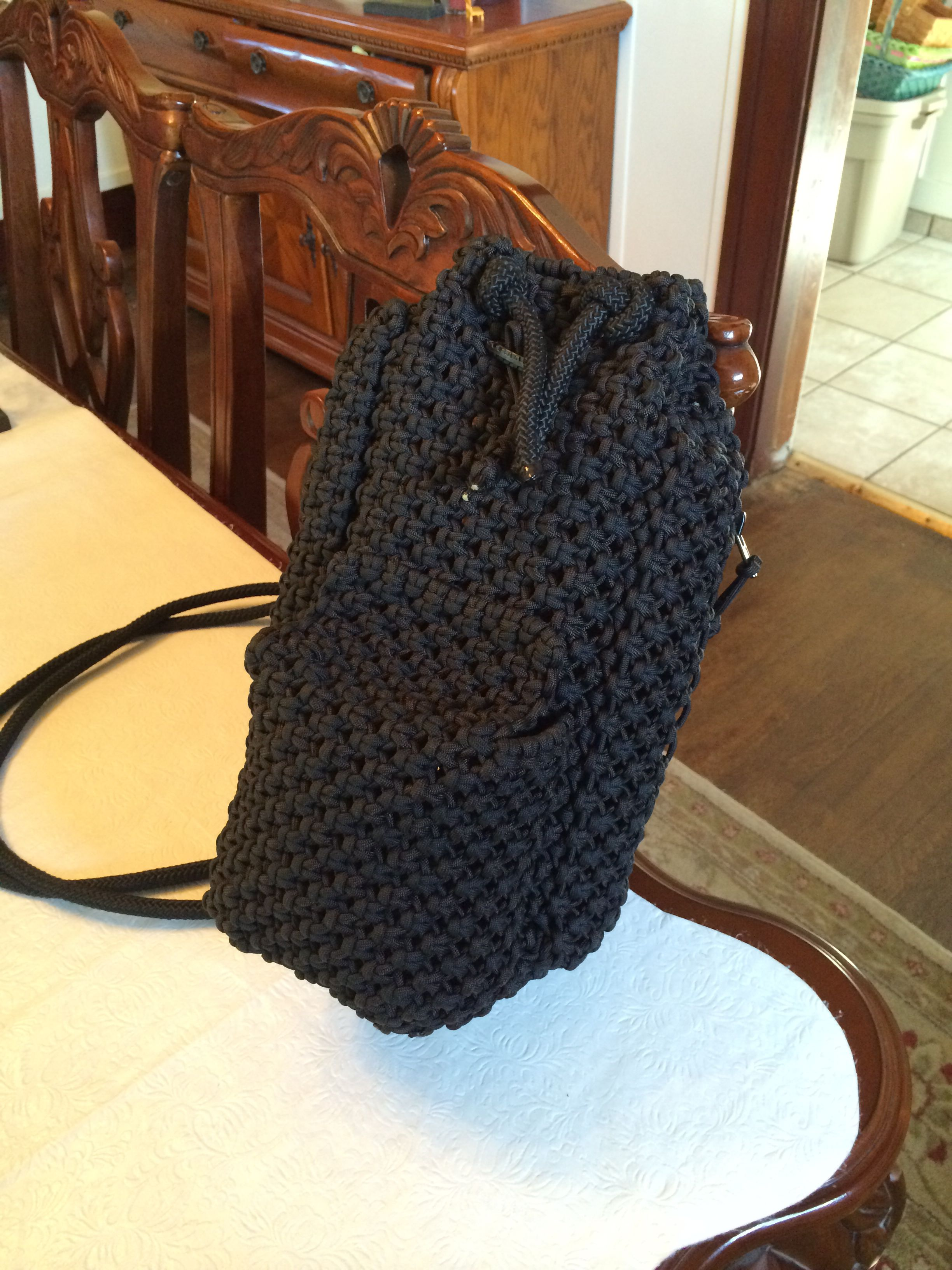 Paracord sling bag backpack with 2 side zippered pockets for How to make a paracord bag