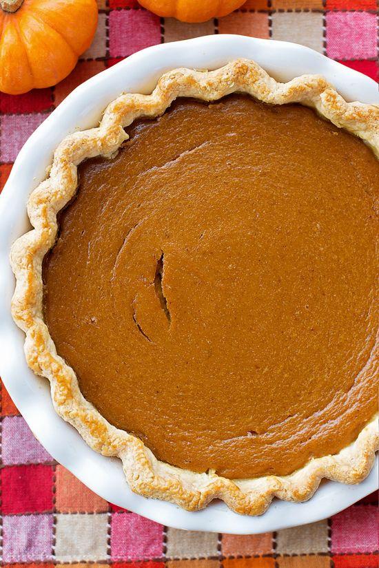 Perfect Pumpkin Pie - Life Made Simple #pumpkinpierecipe