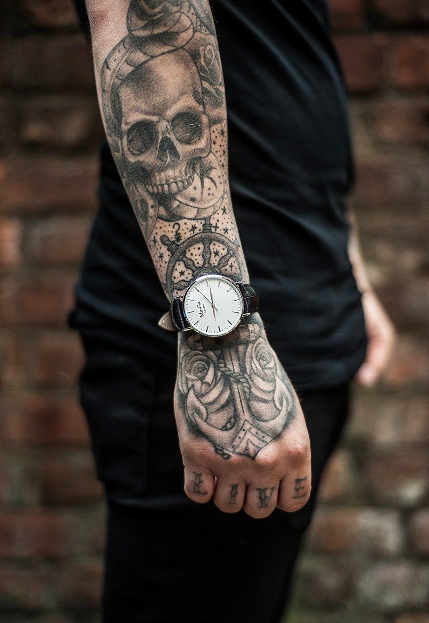 MaGa London Minimal watches and accessories with a