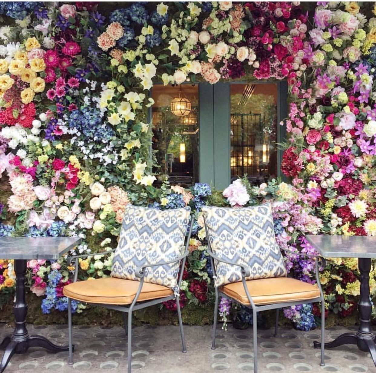 Pin by Suad Habib on Cafes Chelsea garden, The ivy