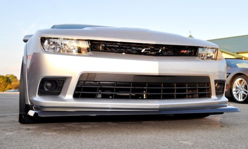 Track Drive Review - 2015 Chevrolet Camaro Z28 Is A Racecar With License Plates! 7