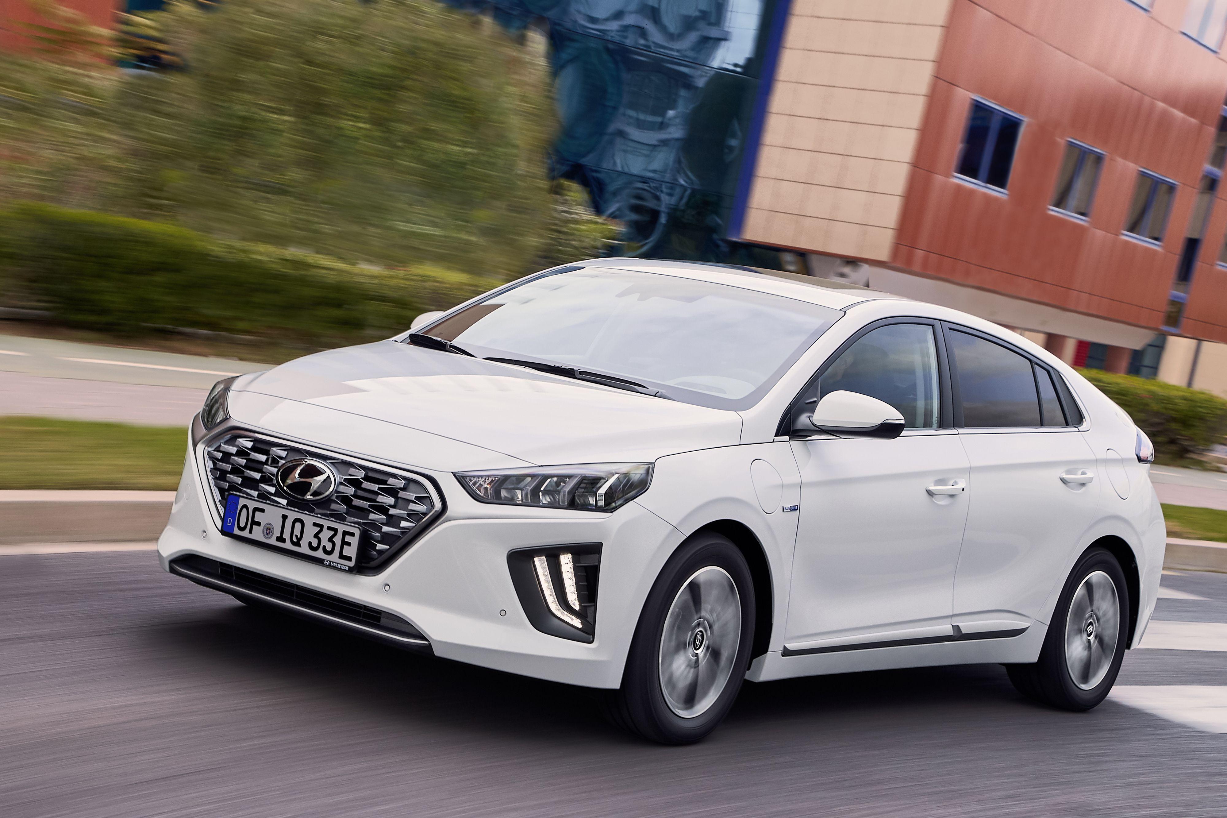 hyundai ioniq thenewestcars Hybrid car, Hyundai