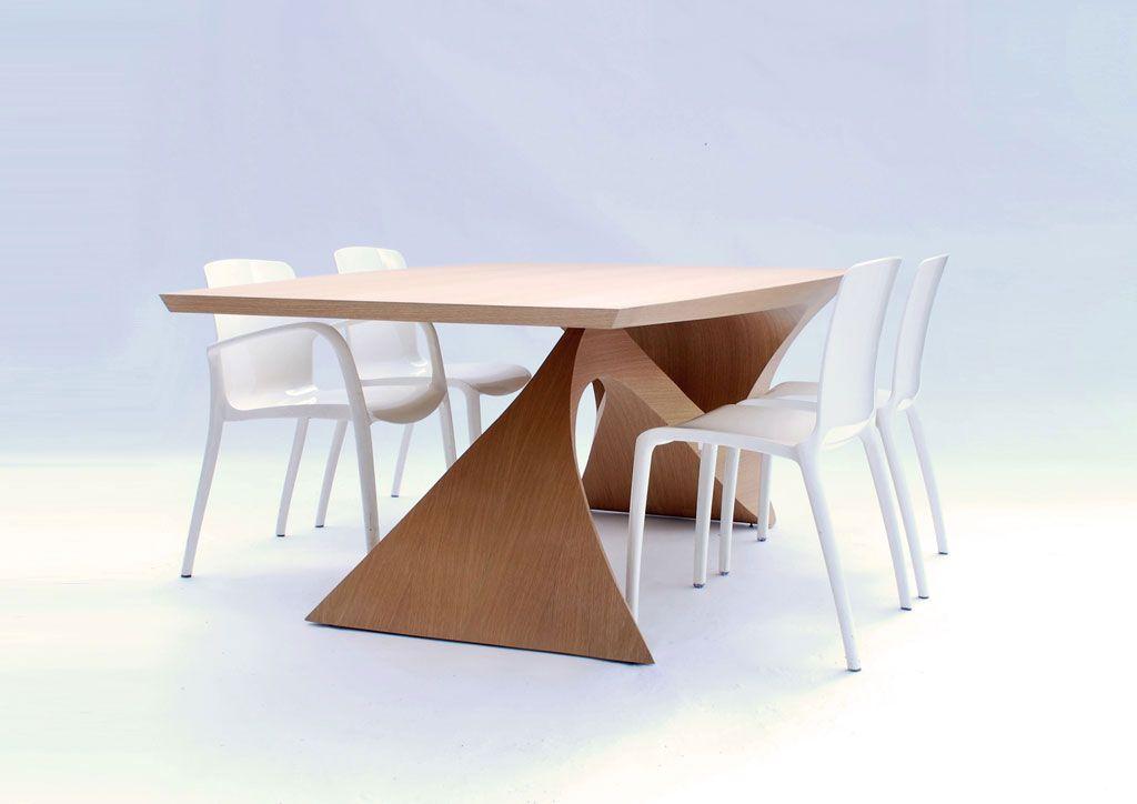 form follow function modernes holztisch design daan mulder