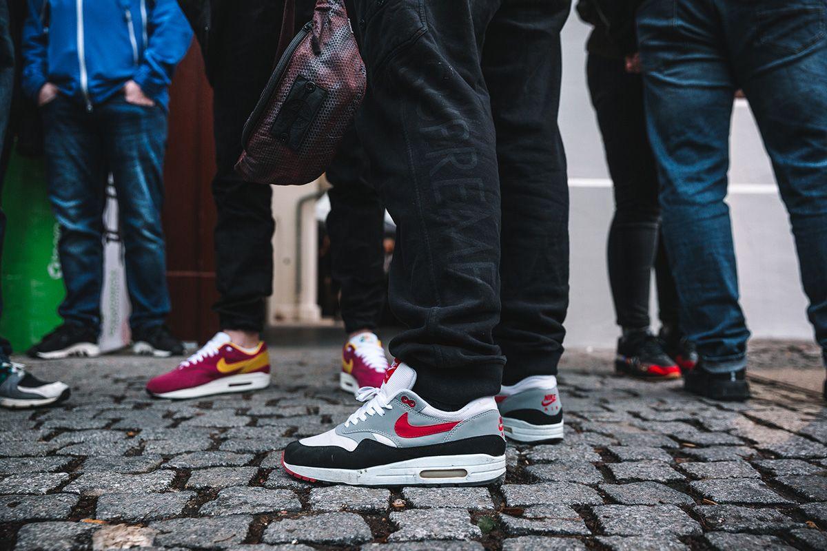 Buy Online Nike Air Foamposite One