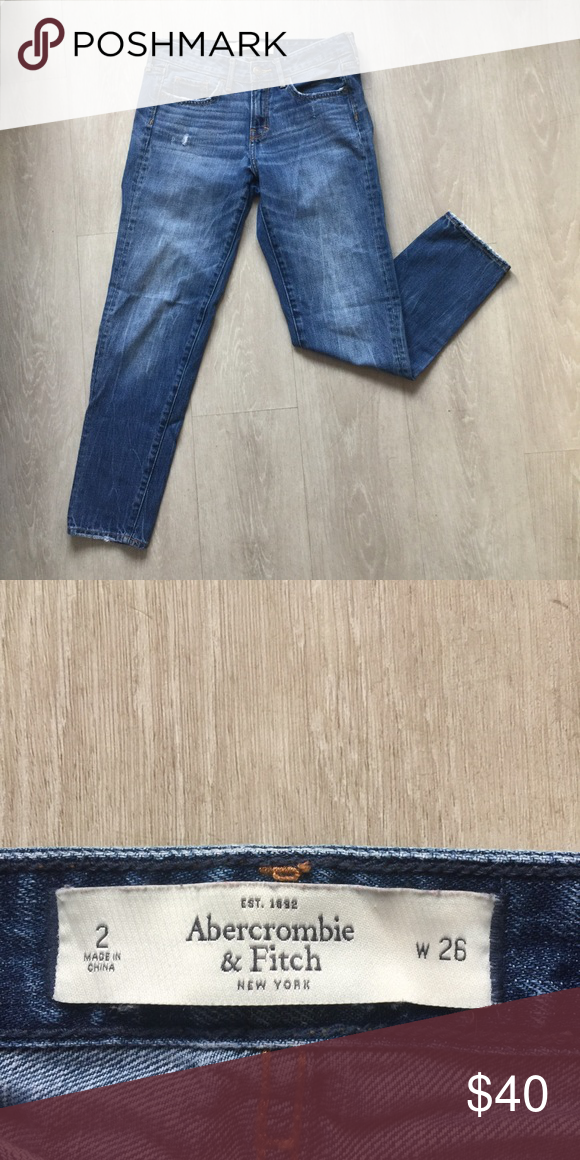Abercrombie & Fitch Jeans Abercrombie & Fitch straight leg jean, size 2, like new. Abercrombie & Fitch Jeans
