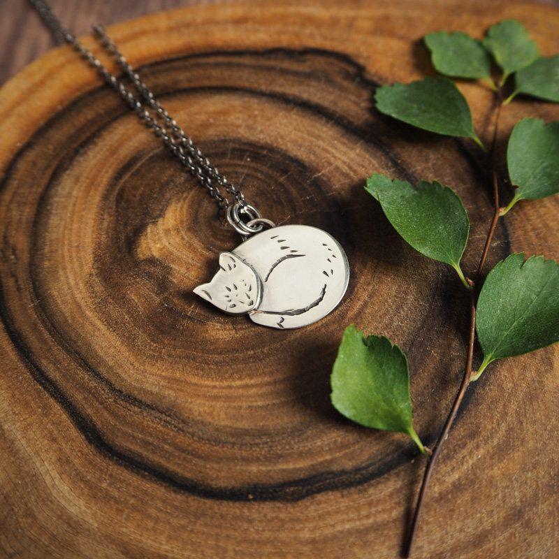 cat pendant silver cat necklace sleepy head sleepy kitty minimalist jewelry gift for her crazy cat lady jewelry Sleeping cat pendant silver cat necklace sleepy head sleep...