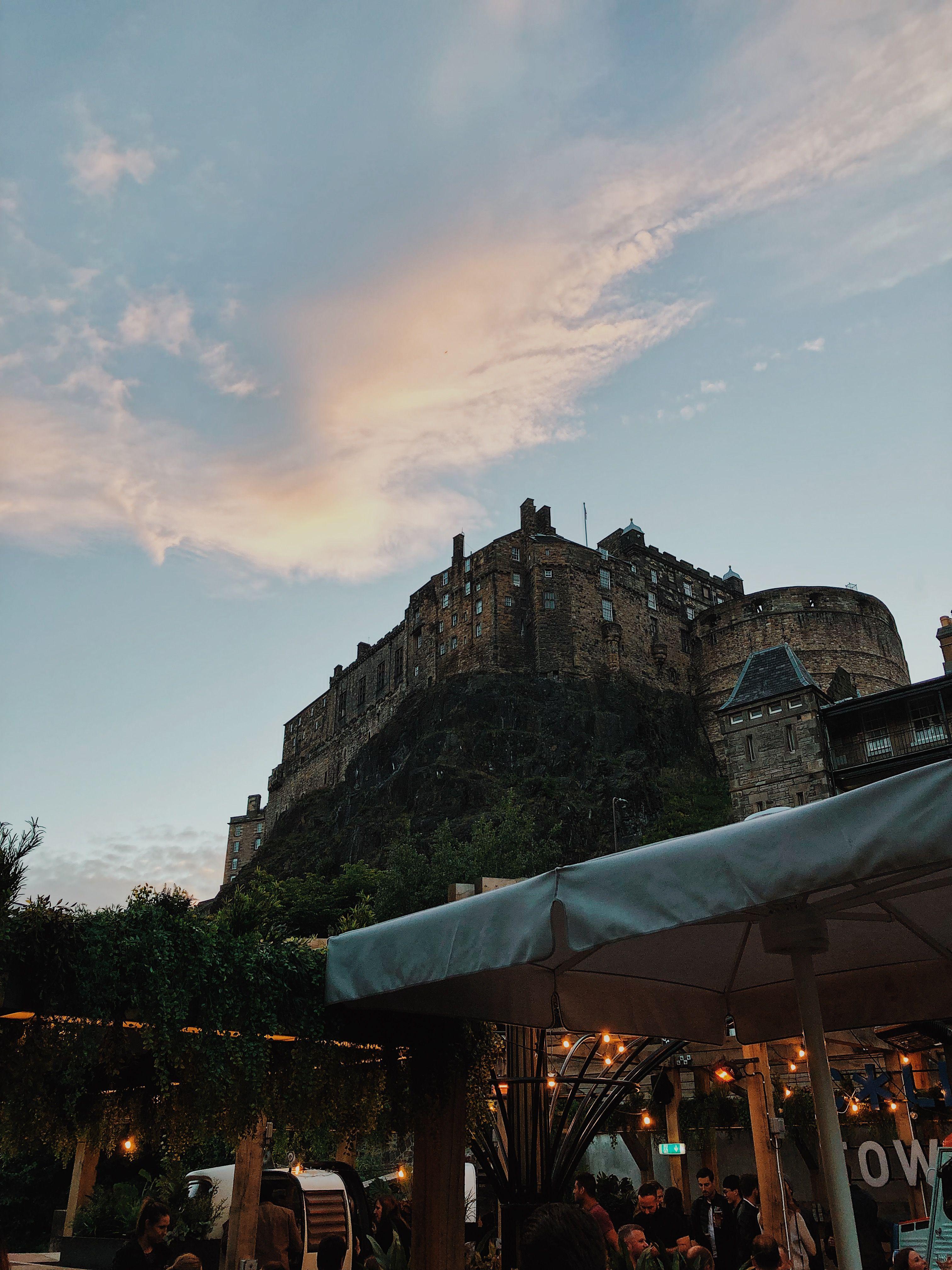 A selection of photos spots in Edinburgh city centre #edinburgh #thisisedinburgh #visitedinburgh #edinburghphotography #edinburghcity #edinburghtravel #scotland #thisisscotland #visitscotland #scotlandphotography #travelguide #travelblog #travelwriter
