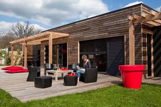 200 m2 pour cette maison en bois pleine du0027idées Architecture - extension maison prix au m